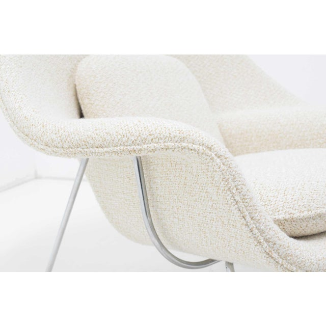 Eero Saarinen for Knoll Womb Chair and Ottoman For Sale In Dallas - Image 6 of 9