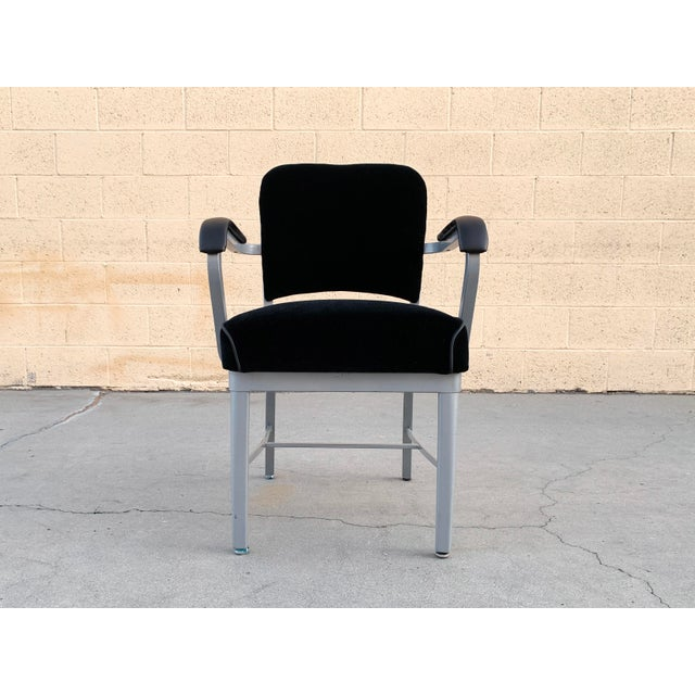 Metal Mid Century Steel Tanker Armchair, Refinished in Bengal Silver and Black Velve For Sale - Image 7 of 7