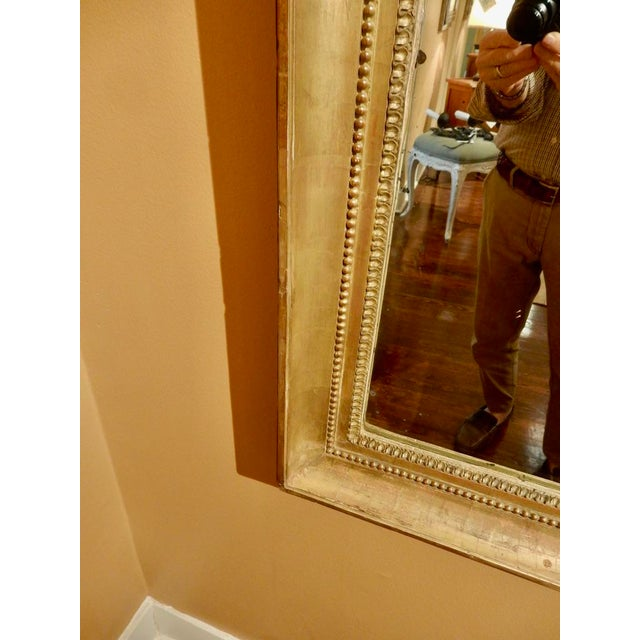 Neoclassical Elegant Neo-Classical Gilt Mirror For Sale - Image 3 of 5