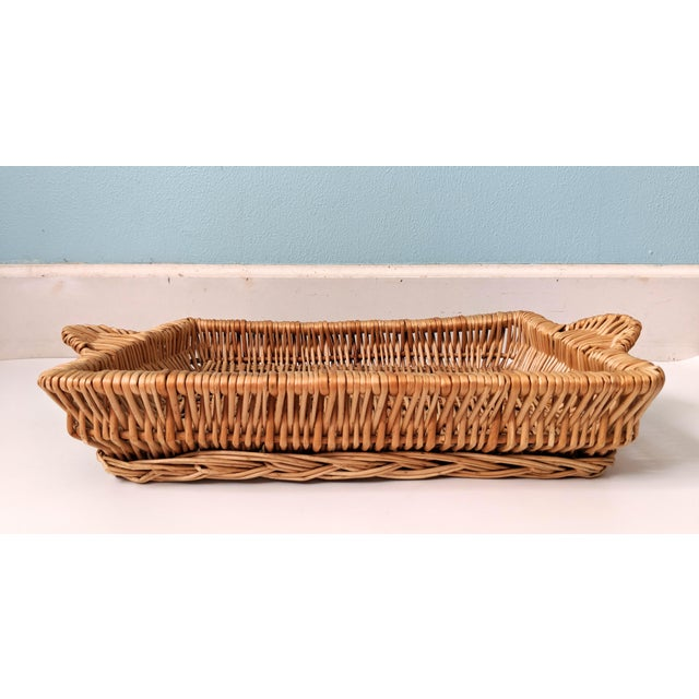 Late 20th Century Vintage Boho Chic Wicker Tray Basket For Sale - Image 5 of 9