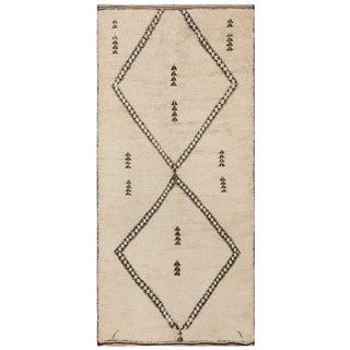 Vintage Moroccan Wool Rug - 6′ × 13′ For Sale