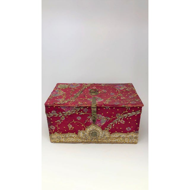 Mid 20th Century Vintage Red Embroidered Indian Fabric Box For Sale - Image 5 of 5