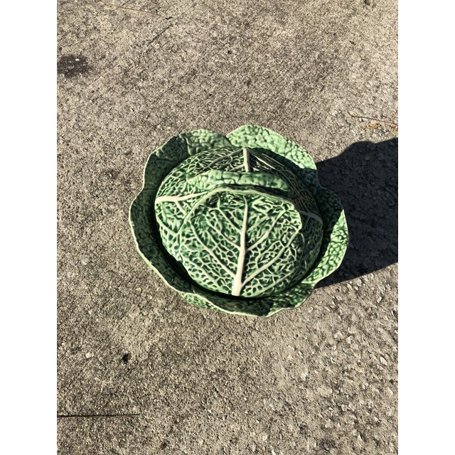 English Traditional Vintage Majolica Cabbage Leaf Bowl For Sale - Image 3 of 7