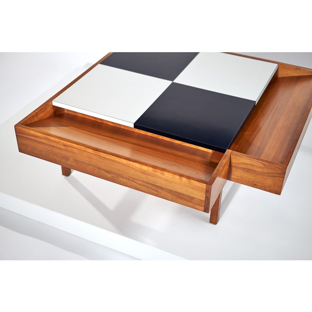 Coffee Table Designed by John Keal for Brown Saltman Checked Surface Lifts to Reveal Storage Circa 1950s For Sale In Detroit - Image 6 of 10