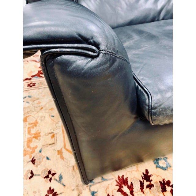 Leather B&b Italia Lauriana Black Leather Loveseat Sofa by Afra &Tobia Scarpa For Sale - Image 7 of 11