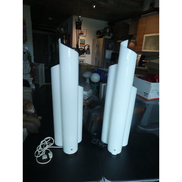 White Pair of 1960's Artemide Chimera Lamps by Vico Magistrett For Sale - Image 8 of 9