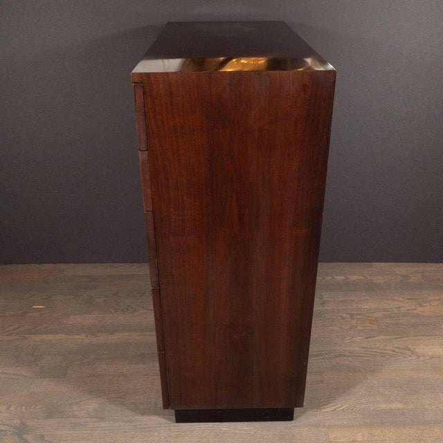 1940s Midcentury Chest in Bookmatched Walnut by Gilbert Rohde for Herman Miller For Sale - Image 5 of 8