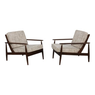 Mid-Century Modern Walnut Lounge Chairs - A Pair For Sale