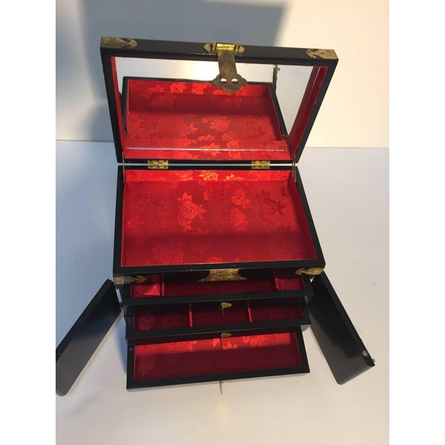 Black Lacquered Chinese Jewelry Box With Mother-Of-Pearl Overlay For Sale In Los Angeles - Image 6 of 10