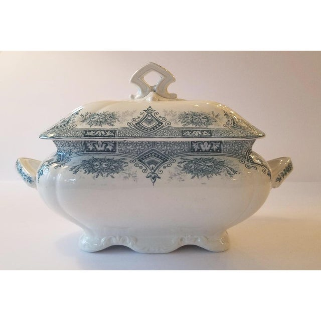 1910s French Transferware Lidded Tureen For Sale - Image 9 of 9