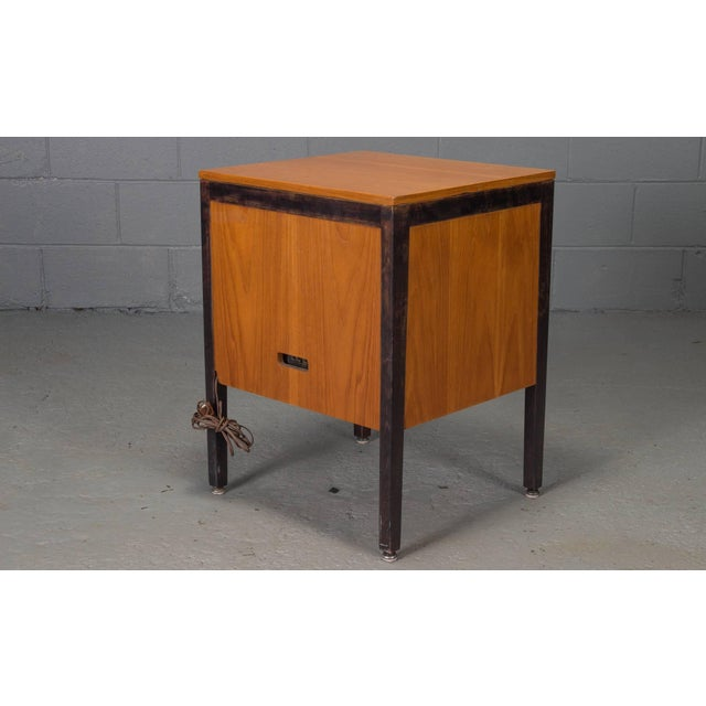 Mid-Century Modern Small Steelframe Stereo Cabinet Side Table by George Nelson for Herman Miller For Sale - Image 3 of 9