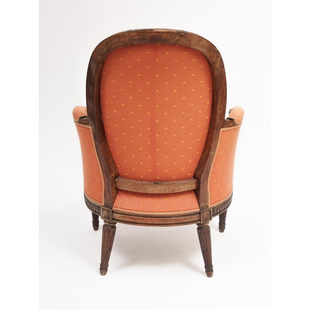 "Wood Louis XVI Style Bergere ""En Gondole"" For Sale - Image 7 of 9"