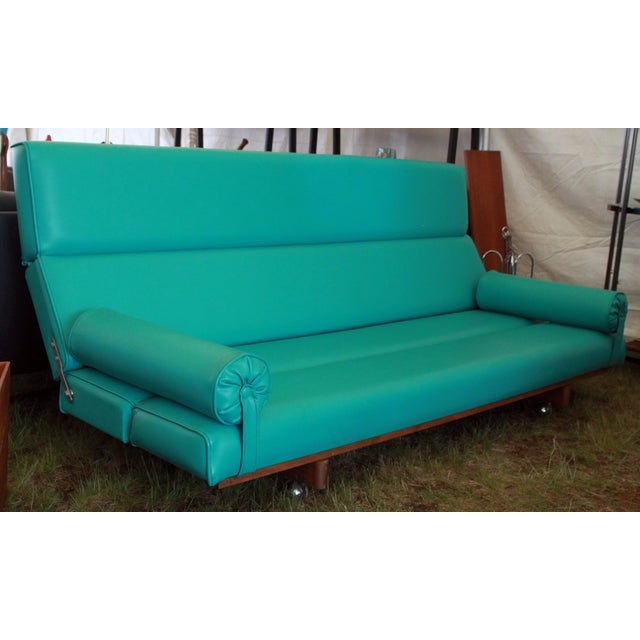 With a chic, turquoise color that channels one of our all-time favorite Mid-century icons (the Palm Springs pool!), this...