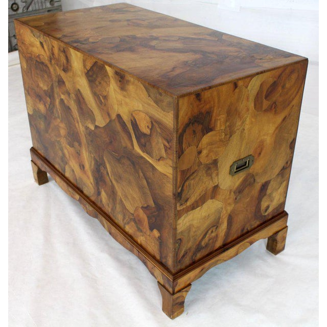 1970s Mid-Century Modern Italian Burl Olive Wood Patch Parquetry 3-Drawer Bachelor Chest For Sale - Image 9 of 11