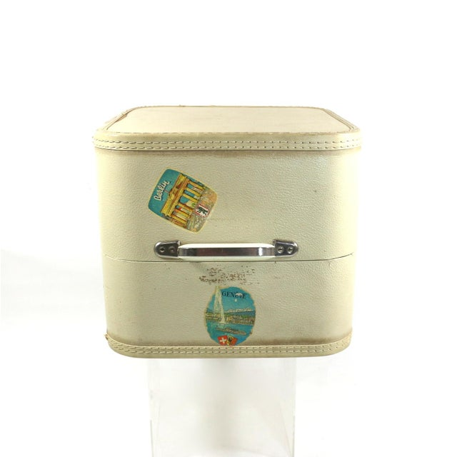 1950s Vintage Leather Hard Travel Case - Image 5 of 9