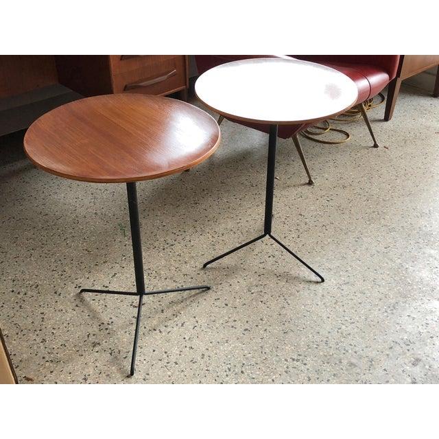 Tecno 1950s Mid-Century Modern Osvaldo Borsani for Tecno Occasional Tables - a Pair For Sale - Image 4 of 9