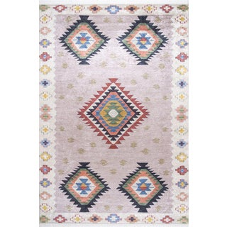 Traditional Turkish Pattern Inspired Area Rug - 5′1″ X 7′7″