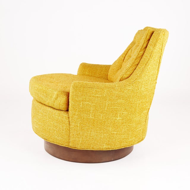 Adrian Pearsall Style Mid Century Swivel Lounge Chair For Sale In Chicago - Image 6 of 10
