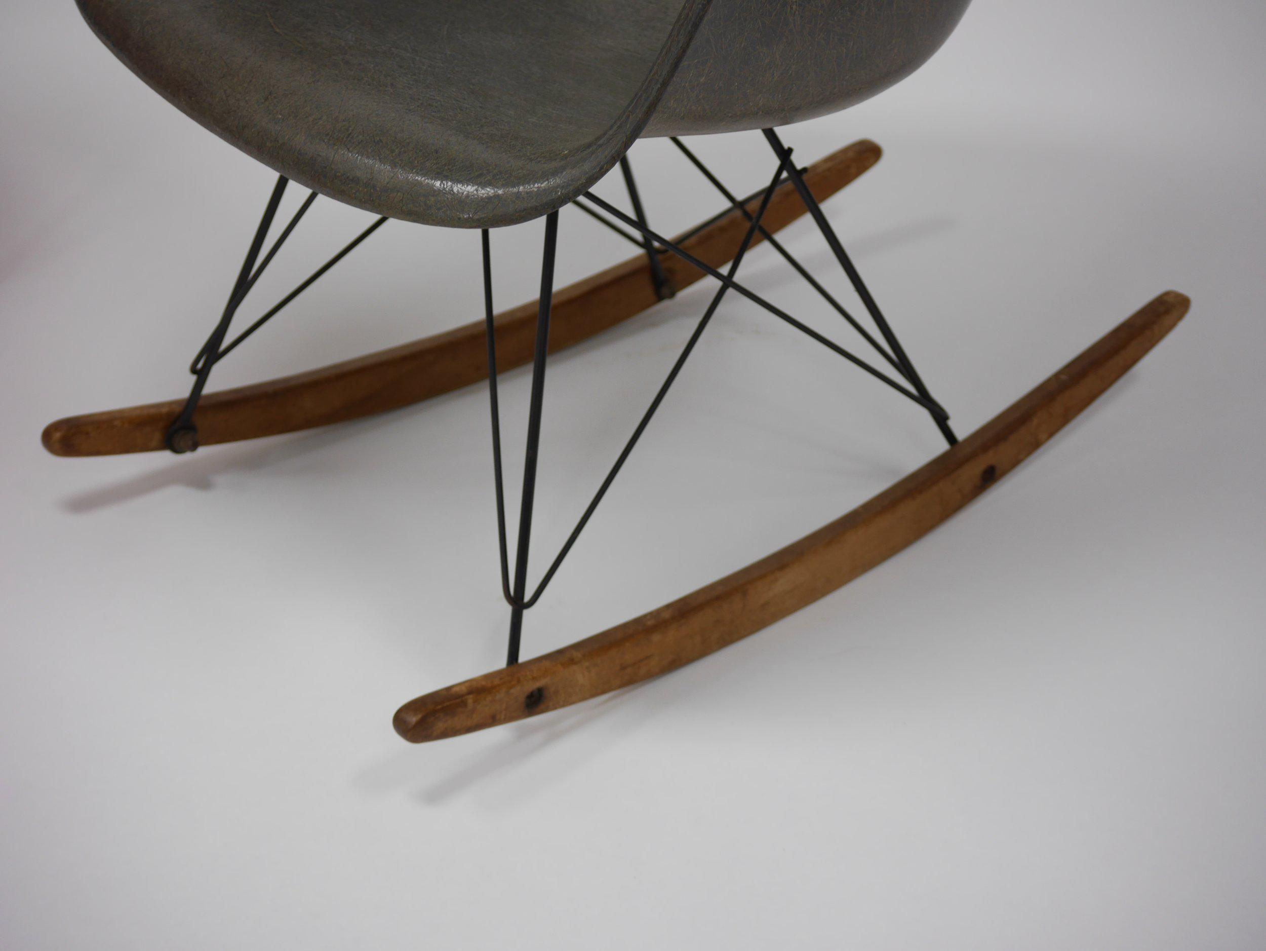 Iconic Rocker And Lounge Chair By Charles Eames For Zenith Plastics   Image  5 Of 11