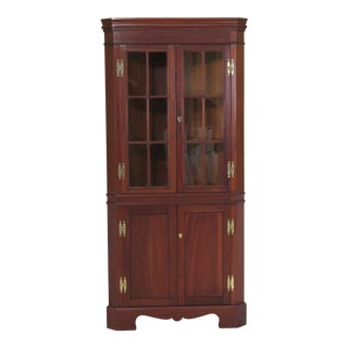1990s Chippendale Craftique Solid Mahogany Corner Cabinet For Sale