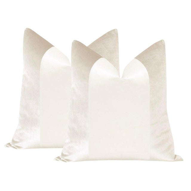 "2010s 22"" Alabaster Velvet & Silk Panel Pillows - a Pair For Sale - Image 5 of 5"