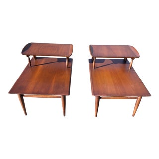 Vintage Pair Mid Century Modern Bassett Artisan Collection Curved End Tables For Sale