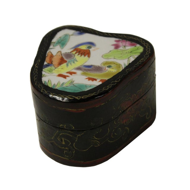 Chinese Porcelain & Wood Birds Jewelry Box - Image 3 of 5