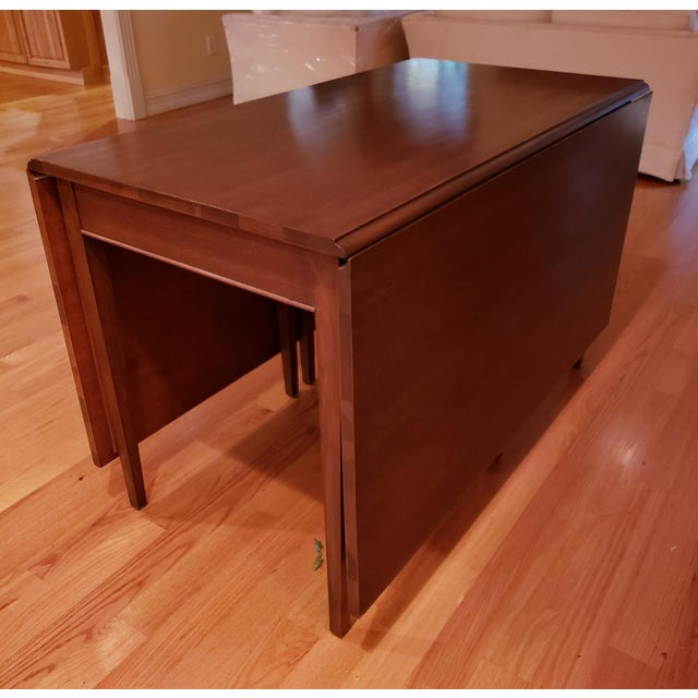Mid-Century Modern Vintage Mid-Century Modern Cherry Drop Leaf Pembroke Dining Table For Sale - Image 3 of 7