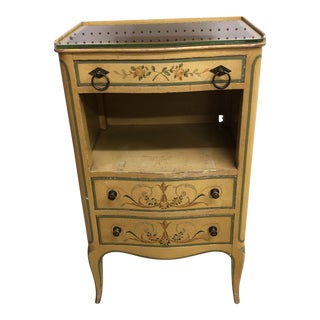 1940s Traditional John Widdicomb Painted Nightstand For Sale