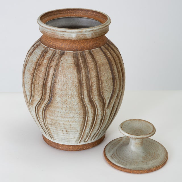 1970s California Modern Incised Studio Pottery Vessel With Lid by Don Jennings For Sale - Image 5 of 13