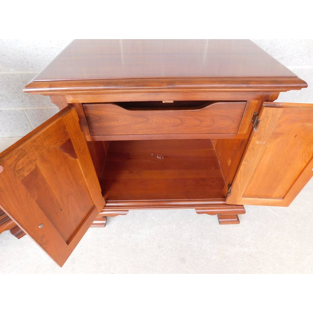 Pennsylvania House Chippendale Style Solid Cherry Nightstands - a Pair For Sale In Philadelphia - Image 6 of 13