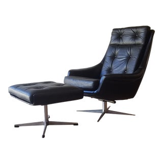 Henry Klein Leather Swivel Recliner With Ottoman for Bramin Mobler - Attributed For Sale