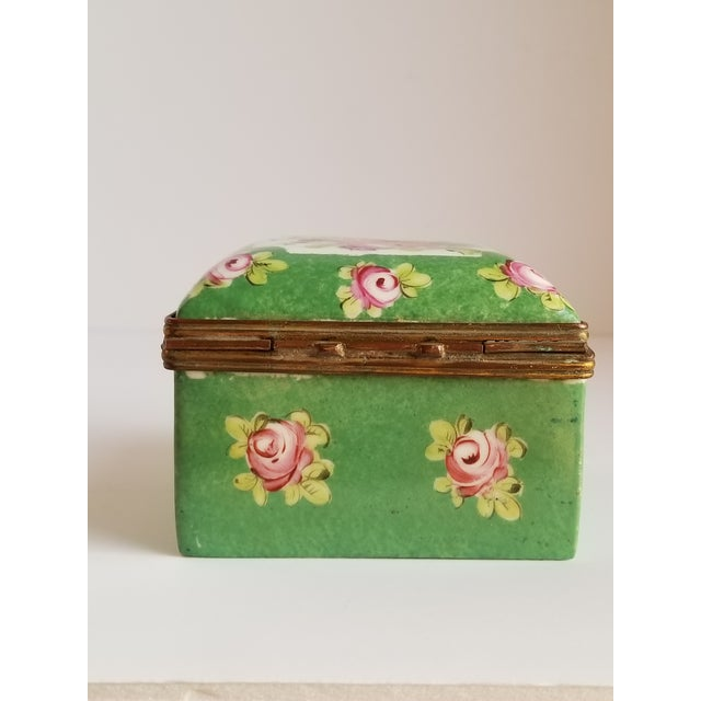 Antique French Porcelain Trinket Box For Sale In New York - Image 6 of 12