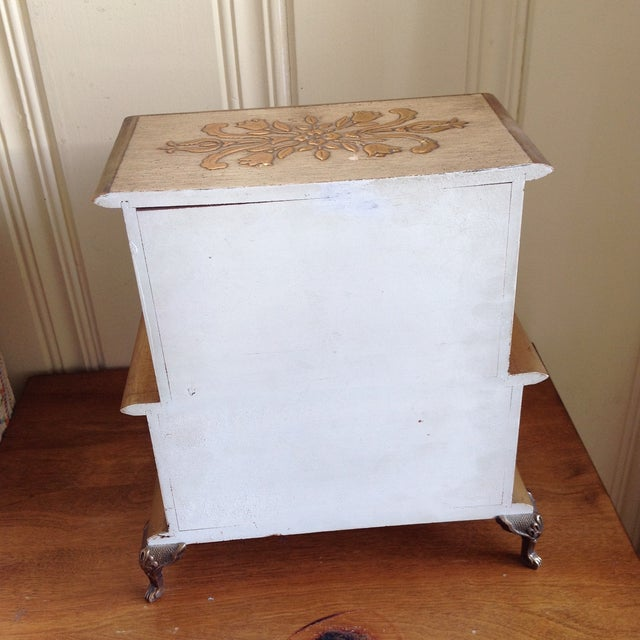 Mid-Century French Provincial Jewelry Box For Sale - Image 7 of 9