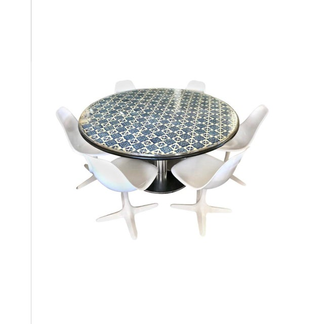 Mid-Century Blue and White Spanish Tile Top Table and Six Saarinen Tulip Chairs Set For Sale - Image 12 of 12
