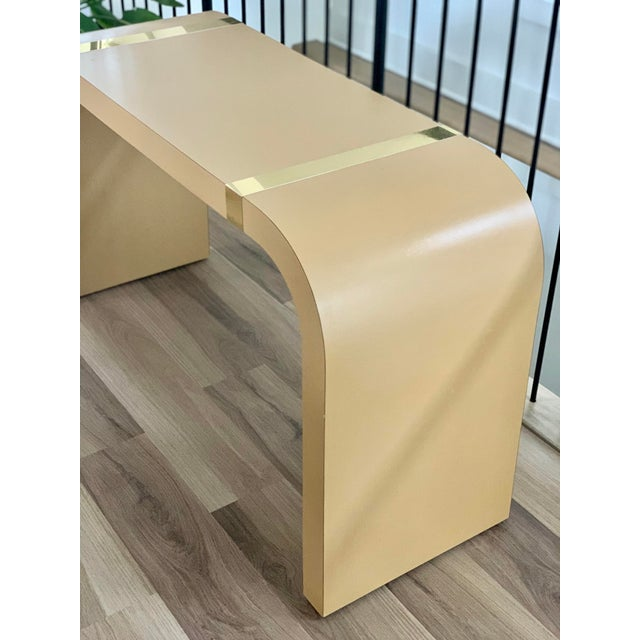 Modern 1980s Postmodern Brass and Laminate Waterfall Console Table For Sale - Image 3 of 4