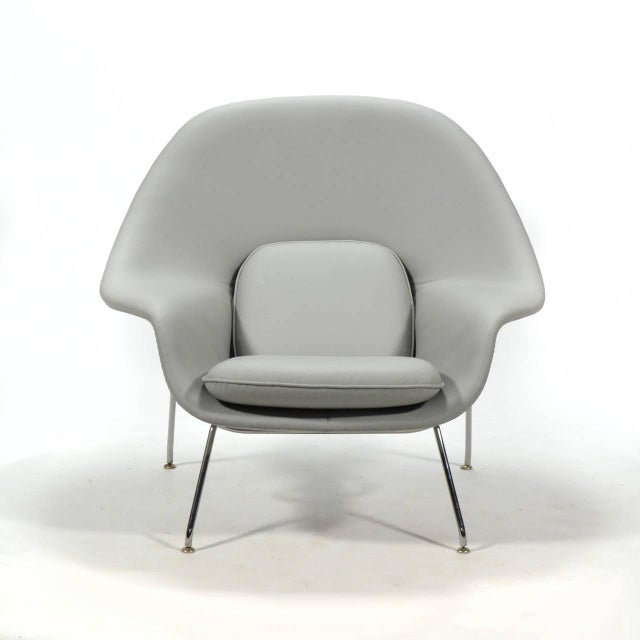 Eero Saarinen Womb Chair and Ottoman in Leather by Knoll - Image 7 of 11