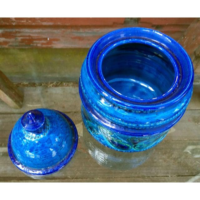 1960s Vintage Mid-Century Modern Bitossi Blue Art Pottery Lidded Jar For Sale - Image 5 of 8