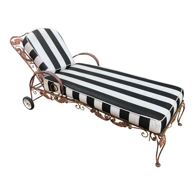 Mid-Century Wrought Iron Outdoor Chaise Lounge Chair 1 of 2 Available For Sale