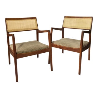 Jens Risom Mid-Century Modern C-140 Chairs - A Pair For Sale