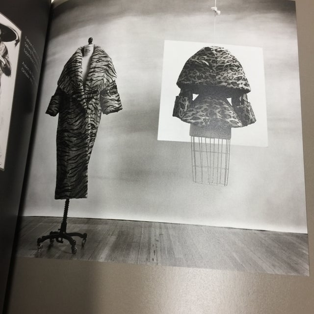 1989 The Historical Mode Book by Koda and Martin For Sale - Image 4 of 13
