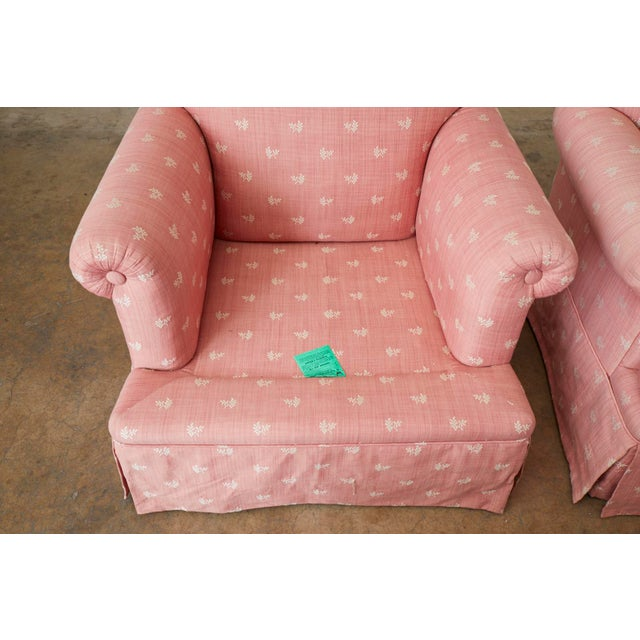 White Pair of English Style Upholstered Club Chairs With Ottoman For Sale - Image 8 of 13