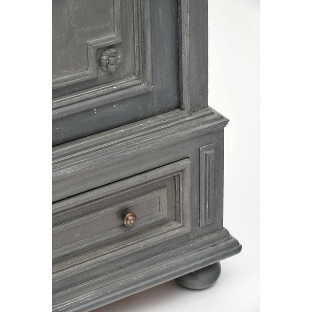 Louis XIV Style Gray Painted Bonnetiere For Sale - Image 9 of 11