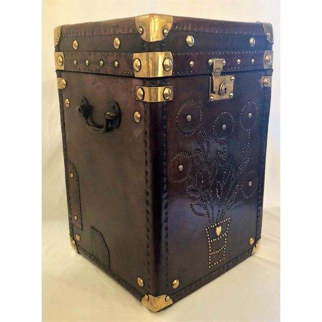 English Traditional Antique English Leather Military Campaign Trunk / Luggage. For Sale - Image 3 of 6