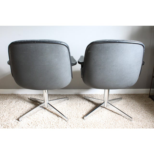 Knoll 1980s Vintage United Chair Tufted Grey Tweed Pollock Style Chairs- A Pair For Sale - Image 4 of 10