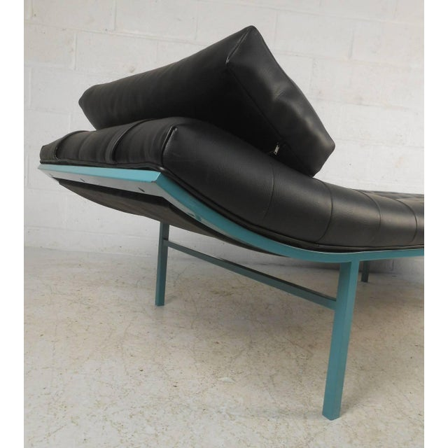 Modern Modern Chaise Longue For Sale - Image 3 of 7