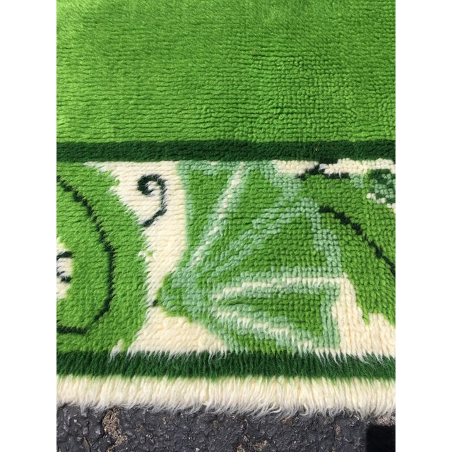 20th Century Scandinavian Modern Green and White Paisley Wool Rya Shag Rug For Sale - Image 4 of 10