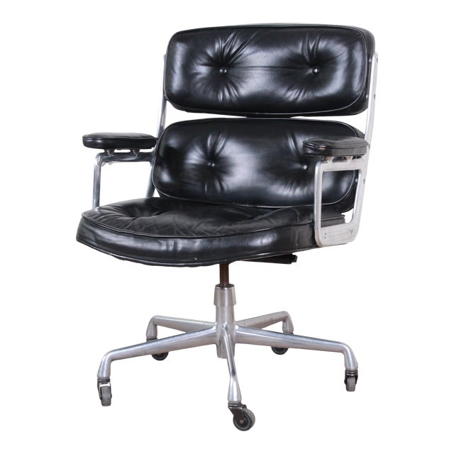 Charles Eames for Herman Miller Time Life Executive Chair For Sale