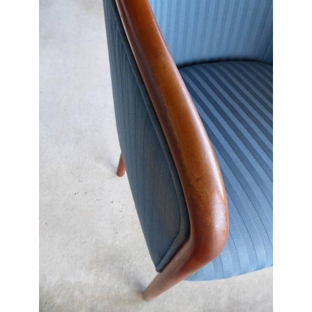 Walnut Banker Chairs by Ward Bennett for Brickel - Image 9 of 10
