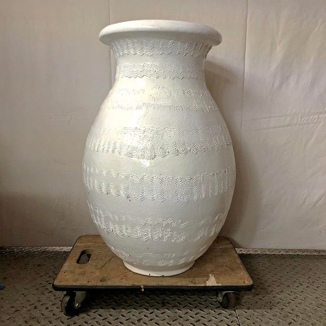 White Massive Bitossi Textured Garden Urn For Sale - Image 8 of 8